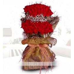 Aşkın sembolü güller