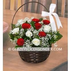 Çiçekli Gül Sepeti